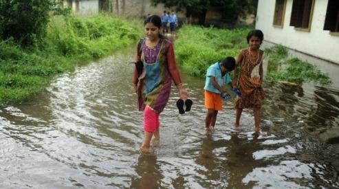 121328132 - Жители Западной Бенгалии вышли с протестом