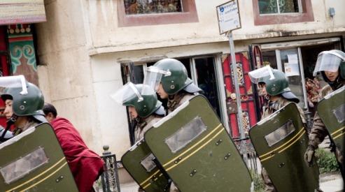 136926184 0 - За сообщение о самосожжении 4 тибетцам дали сроки