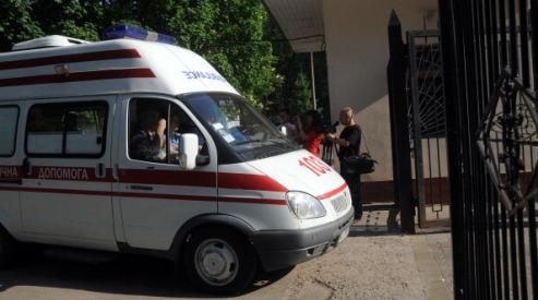 144060730 - Пациенты пишут жалобу на сторонников Тимошенко