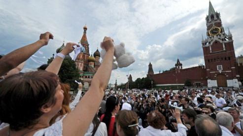 145345800 1 - Результаты опроса москвичей: митинги должны быть в центре