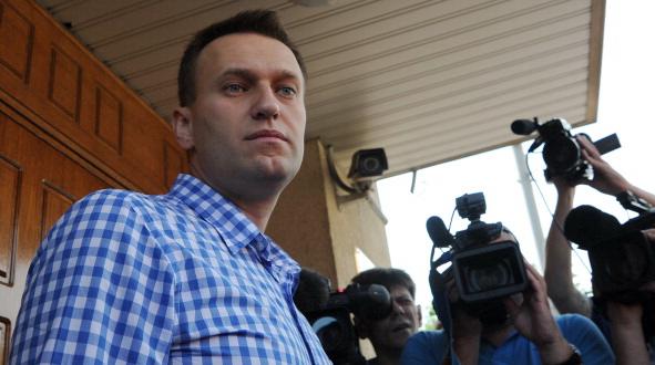 146198449 - Навальный предлагает писать агитацию на деньгах