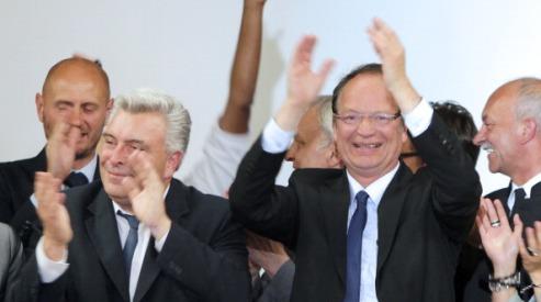 146482013 - Социалисты будут контролировать парламент Франции