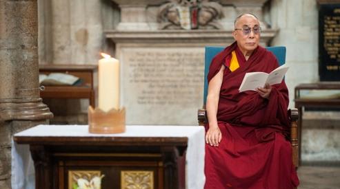 146587124 - Далай Лама выступил с речью в Лондоне