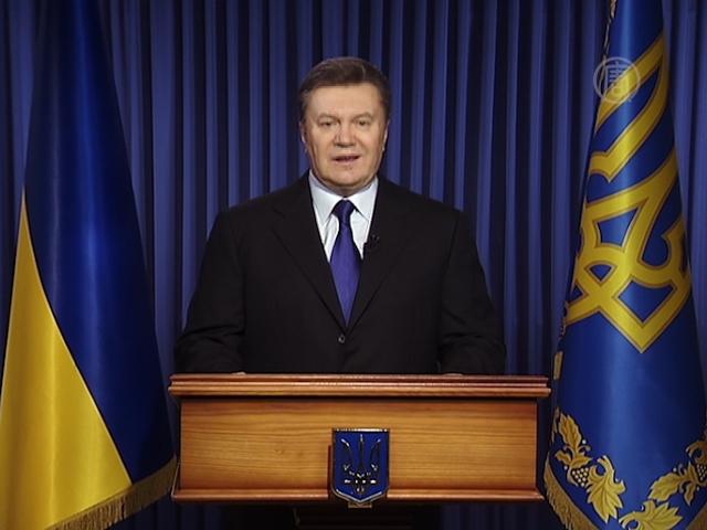 14 02 22 yanukovich otstavka 0 - Рада проголосовала за отставку президента
