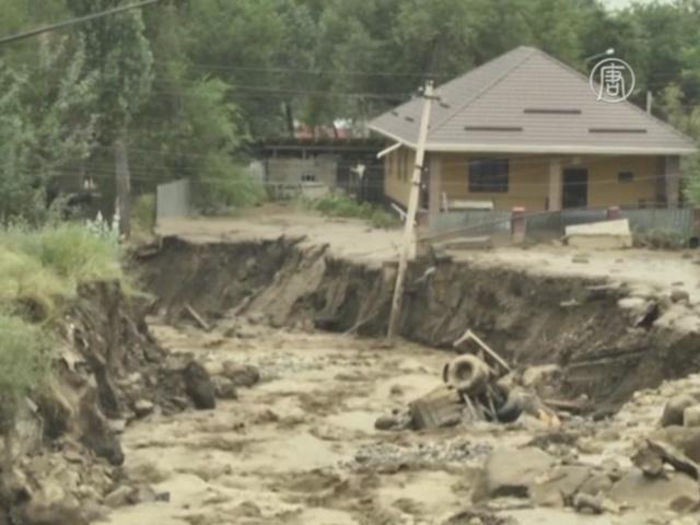 15 07 24 kazakhstan - Сотни жителей Алматы эвакуированы из-за оползня