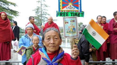 52348436 - Тибетский писатель представил книгу «Рога яка»