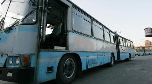 56311608 - Раненый водитель автобуса спас пассажиров в КНР