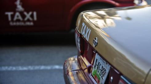 96080134 - В Мексике неизвестные расстреляли водителей такси
