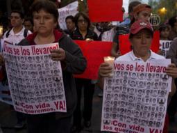 Мексиканцы требуют наказать похитителей студентов