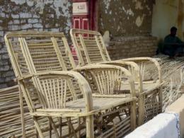 Египет: пластик вытесняет мебель из пальмы