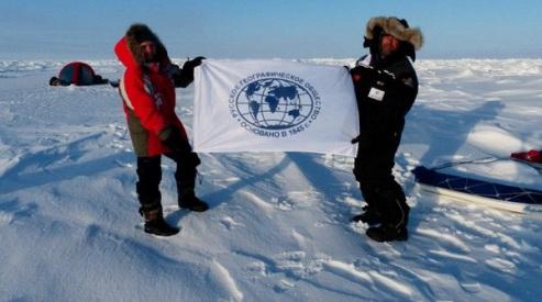 konyuhov foto1 170413 - За экспедицией Федора Конюхова идёт белый медведь