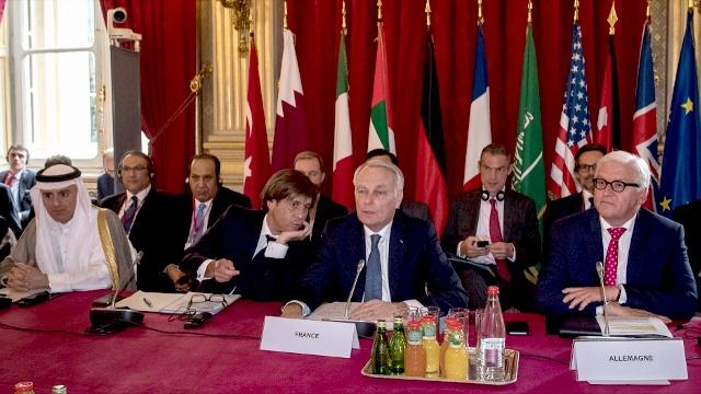 Главы МИД призвали возобновить переговоры по Сирии