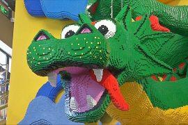 Самый большой магазин Lego открыли в Шанхае