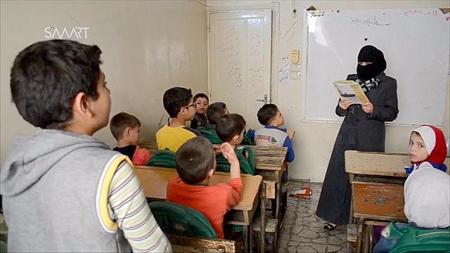 Школьники Алеппо вернулись за парты