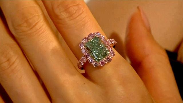 Зелёный бриллиант продали за рекордную цену