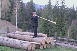 Трембита — самый длинный духовой инструмент в мире