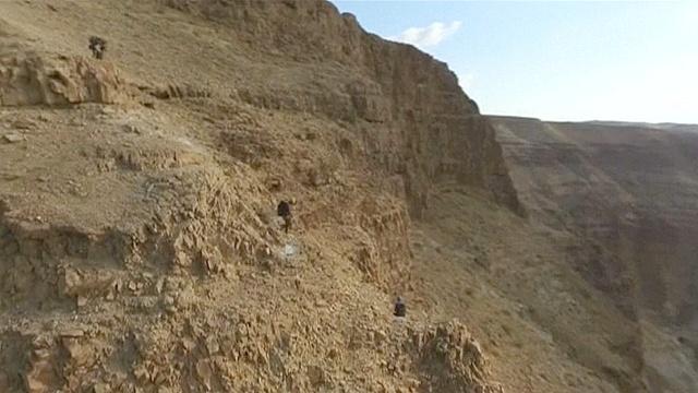 Археологи Израиля идут по стопам расхитителей
