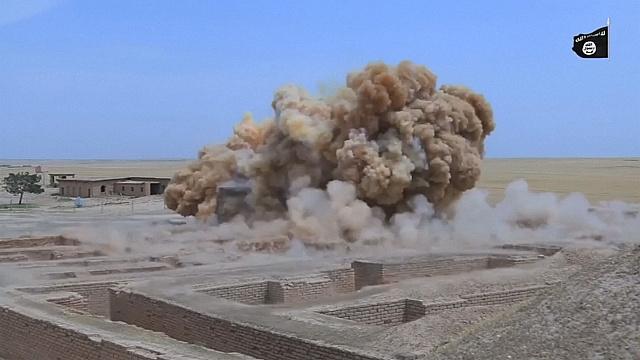 ИГИЛ взорвало древний храм в иракском Нимруде