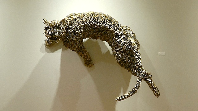 Искусство из гильз представили в Нью-Йорке