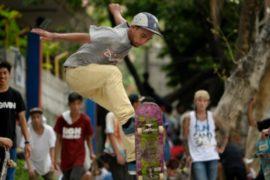 В Маниле отметили Международный день скейтбординга