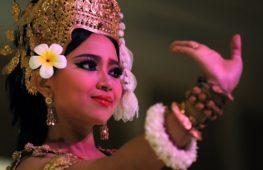 В Камбодже пытаются сохранить танец Апсара