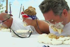 День независимости в США: поедание пирогов и салют