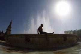 Центр и юг Испании изнывают от жары