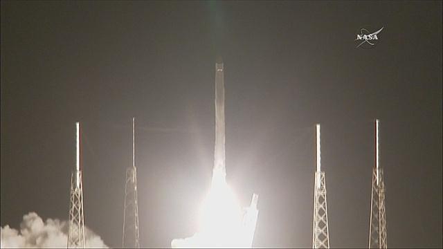 SpaceX отправила груз к МКС