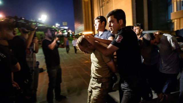 В Турции за попытку переворота судят 9000 человек
