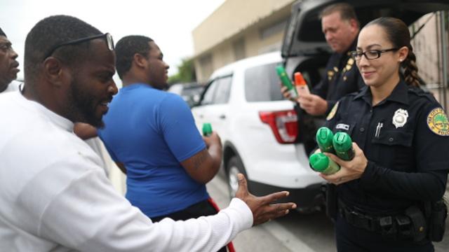 Во Флориде борются с распространением вируса Зика