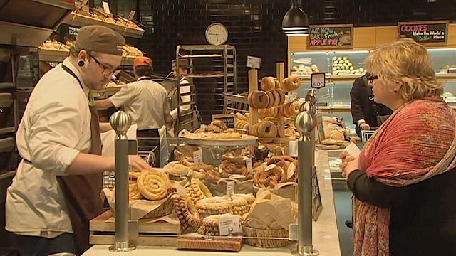 Зачем в австралийском супермаркете ввели «час тишины»