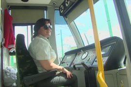 Польша: водитель трамвая приняла роды