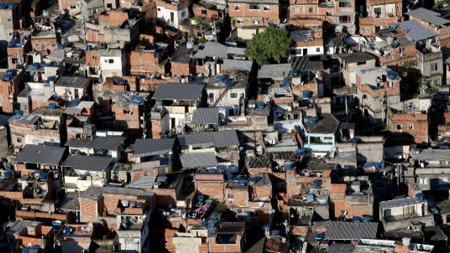Рио: отголоски олимпийской стройки для жителей фавел