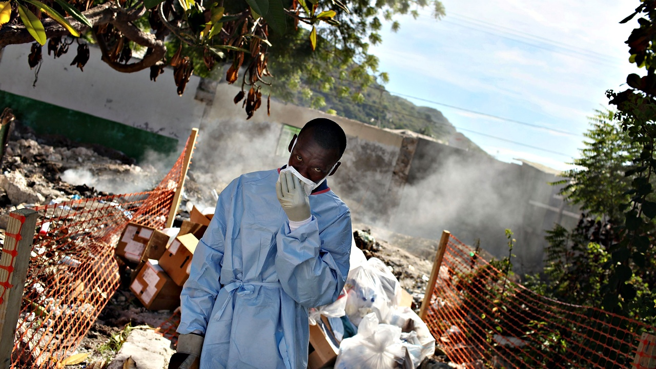 Холеру на Гаити могли занести миротворцы ООН