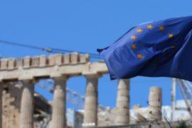 Еврокомиссар: Греция не манипулировала своей статистикой
