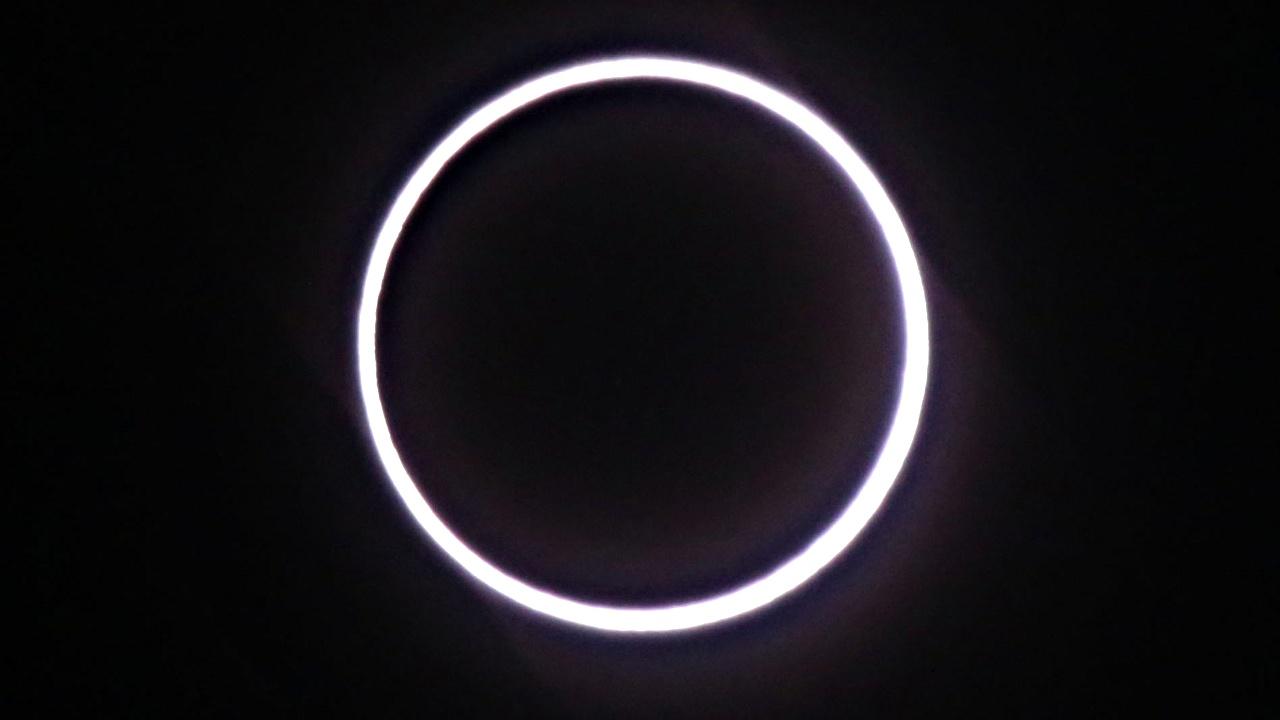 Кольцевое солнечное затмение увидели жители Африки