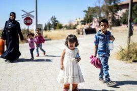 Сирийцы возвращаются из Турции в Джераблус
