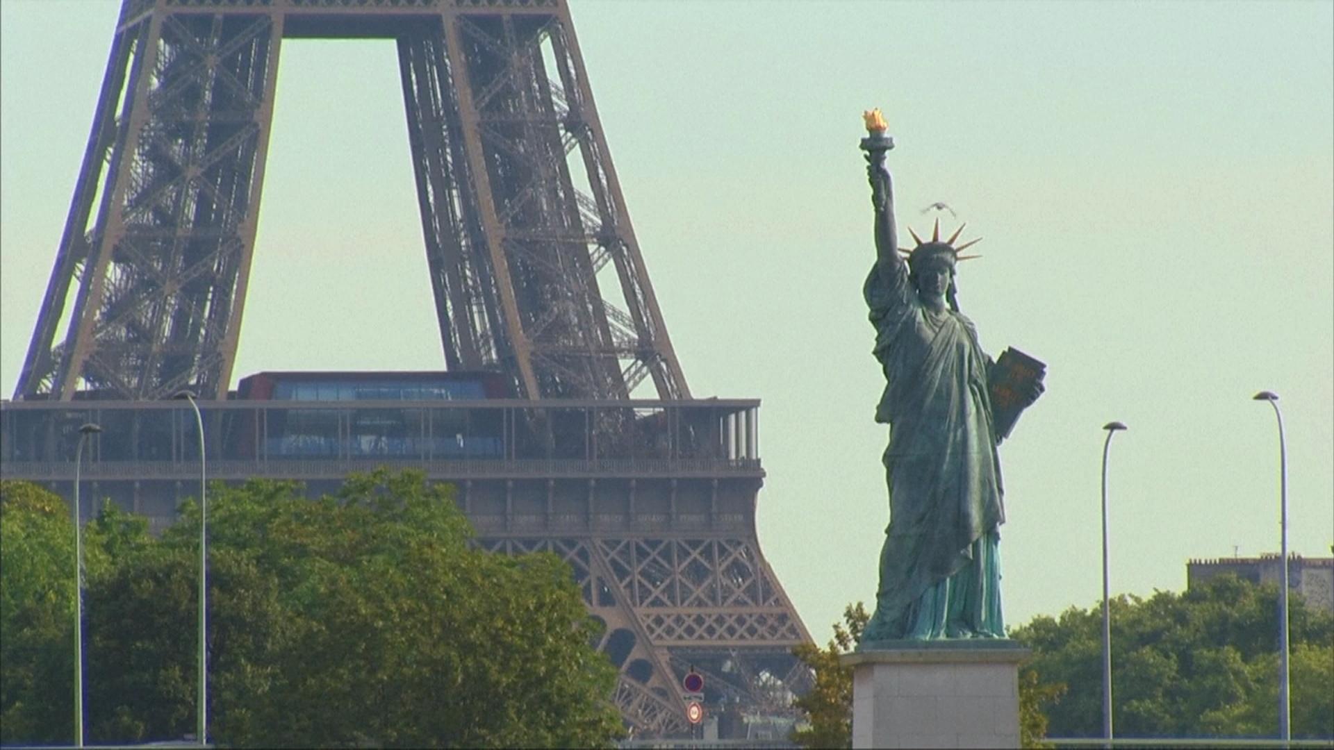 Франция вложит 10 миллионов в восстановление туризма