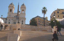 Знаменитую Испанскую лестницу в Риме открыли для прохожих