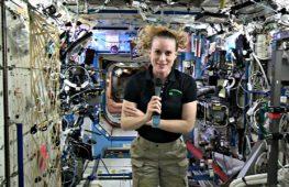 Астронавт НАСА ответила с МКС на вопросы журналистов
