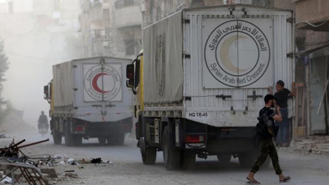 В города и деревни Сирии доставили гумпомощь