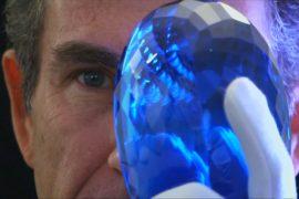Крупнейший в мире голубой топаз покажут в Лондоне