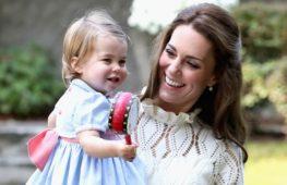 Принцесса Шарлотта впервые заговорила на публике