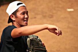 Японец-волонтёр учит бейсболу в Сенегале