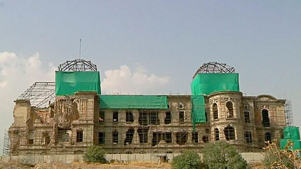 Афганский разрушенный дворец реставрируют