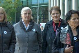 «Матери Сребреницы» обвиняют Нидерланды в гибели боснийцев