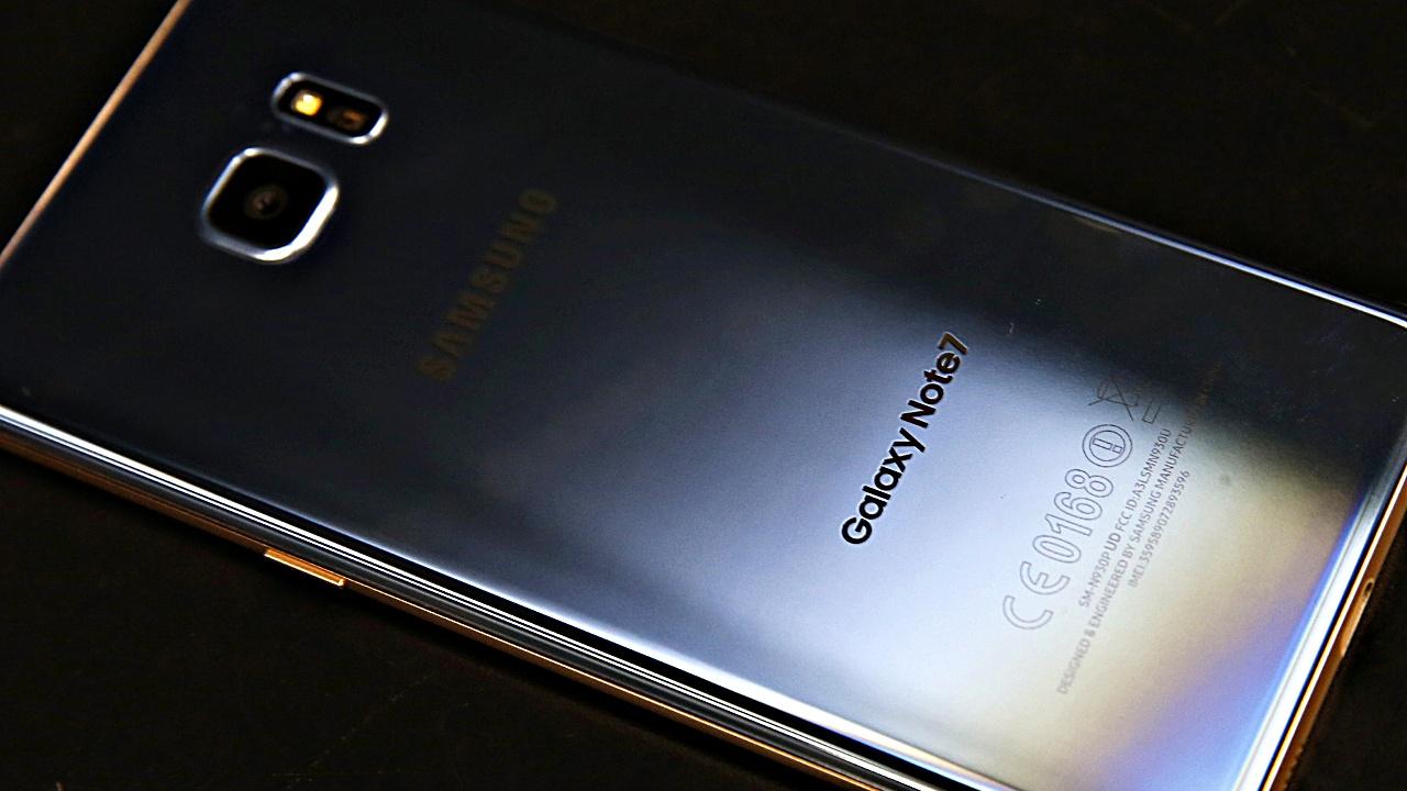 Samsung приостановил продажи и обмен Galaxy Note 7
