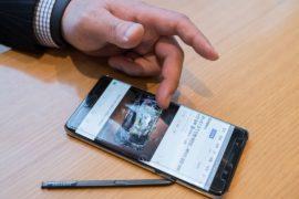 Владельцы Galaxy Note 7 в Сиднее возвращают опасные смартфоны