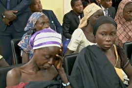 Власти Нигерии: обмена боевиков на школьниц не было