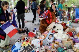 В Ницце помянули жертв теракта в День взятия Бастилии